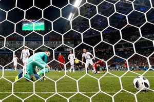 10 اشتباه خردکنندهی دروازهبانها در تاریخ جامهای جهانی