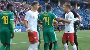 صحنه مشکوک به پنالتی و درگیری بازیکنان لهستان-سنگال