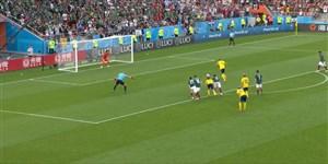 گل دوم سوئد به مکزیک پنالتی (گرانکوئیست)