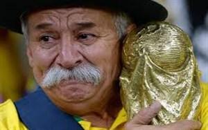 به یاد کلویس فرناندز هوادار فقید تیم ملی برزیل