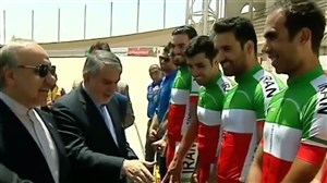 دیدار وزیر ورزش و جوانان با دوچرخهسواران تیمملی