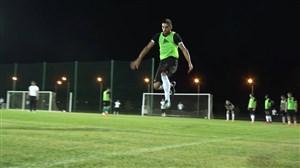 تمرین تیم احمد گروژنی با حضور میلاد محمدی و رئیس باشگاه