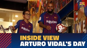 پشت صحنه اولین روز آرتورو ویدال در بارسلونا