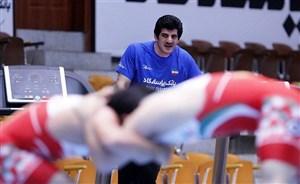 دعوت نصف و نیمه آزادکاران به تیم ملی