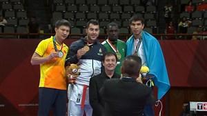 مراسم اهدای مدال طلا کاراته به سجاد گنج زاده