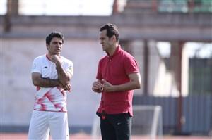 علی کریمی خواستار تغییر تفکر بازیکنانش است