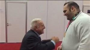 تبریک رییس فدراسیون جهانى وزنه بردارى به بهداد سلیمى