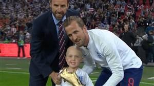 اهدای کفشطلای جامجهانی به هریکین پیش از بازی انگلیس-اسپانیا