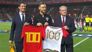 اهدای پیراهن شماره 100 اسپانیا و کرواسی به راکیتیچ