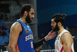 جدایی صمد و غیبت حامد؛ بسکتبال در شرایط خاص!
