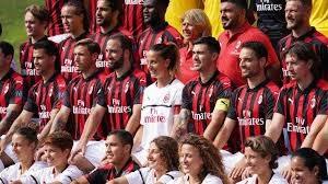 پشت صحنه مراسم عکس تیمی آث میلان برای فصل 19-2018