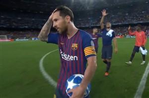 هتریک مسی در برابر آیندهوون و دریافت توپ بازی