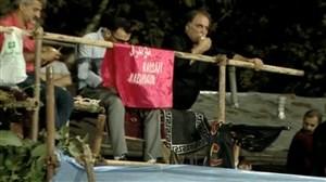 حضور همسایه ورزشگاه وطنی به شکل خطرناک برای تماشای بازی