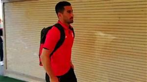 لحظه ورود تراکتوری ها و استقلالی های خوزستان به ورزشگاه یادگار امام