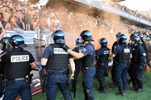 درگیری پلیس و تماشاگران در دربی مون پلیه (عکس)