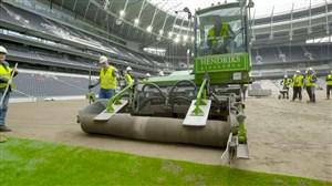 نصب اولین رول چمن ورزشگاه جدید تاتنهام
