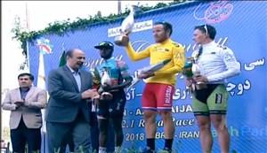 اهدای جوایز انفردی دوچرخه سواری تور ایران-آذربایجان 2018