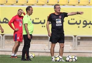 برانکو به بازیکنان سرمشق محافظت از گل را داد (عکس)