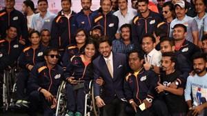 شاهرخ خان: شما به زندگی من دوباره معنا دادید(عکس)