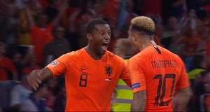 گل سوم هلند به آلمان توسط واینالدوم