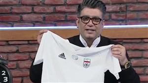 هدیه کارلوس کیروش به رضا رشید پور