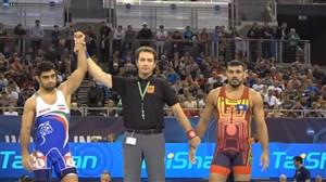 پیروزی حسین خانی در دور نخست مقابل دی لومائو(قهرمانی جهان - بوداپست)