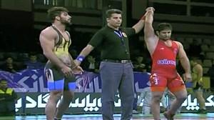 قهرمانی بیمه رازی با پیروزی سعید عبدولی در کشتی فرنگی کشور