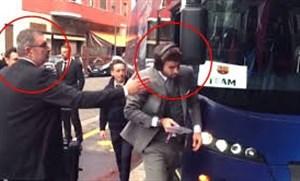 درگیری پیکه با آینه اتوبوس در شهر میلان