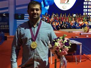 اهدای مدال طلا المپیک 2012 به سعید محمدپور