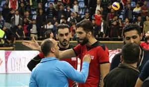 ویدیو چک با موبایل و ضربوشتم محمد موسوی در لیگ والیبال