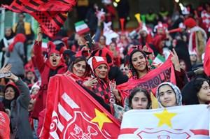 واکنش فردوسی پور به حضور بانوان در استادیوم آزادی