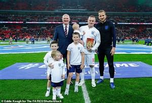 پشت صحنه دیدار خداحافظی وین رونی از تیم ملی انگلیس
