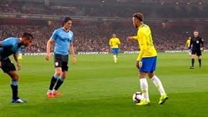 30 حرکت نمایشی نیمار در زمین فوتبال