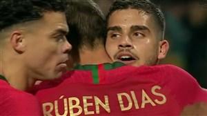 گل اول پرتغال به لهستان توسط آندره سیلوا