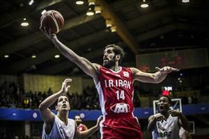 لایو جنجالی صمد نیکخواه علیه ملیپوش بسکتبال