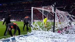 مزاحمت هواداران پیش از شروع نیمه دوم بایرن - نورنبرگ