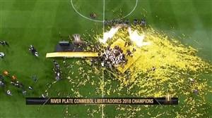 لحظه بالابردن جام قهرمانی لیبرتادورس توسط کاپیتان ریورپلاته
