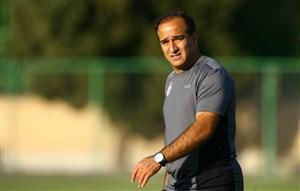 دین محمدی: باید بازیکنان را از نظر بدنی آماده کنیم