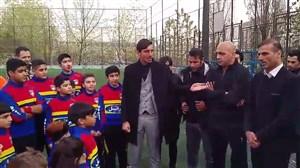 شوخی رحمتی با سیدجلال حسینی درحضور کودکان آکادمی سرخابی