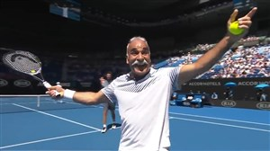 حرکات زیبا و چشمگیر منصوربهرامی در تنیس آزاد استرالیا