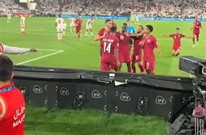 واکنش هواداران خشمگین اماراتی بعد از گل دوم قطر