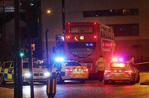 تبعات پیروزی نیوکاسل: دختر 18 ساله زیر اتوبوس رفت