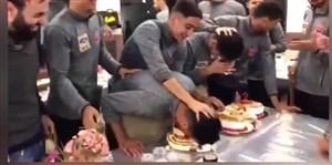 مراسم جشن تولد بازیکنان پرسپولیس در رشت