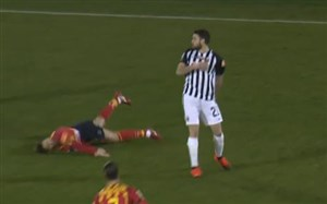 مصدومیت وحشتناک بازیکن لچه در سری B ایتالیا