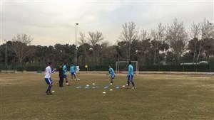 تنیس فوتبال وریاغفوری پس از بازگشت به تمرین استقلال