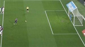 گل اول بارسلونا به والنسیا (مسی-پنالتی)