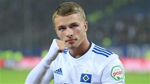 توافق بایرن و هامبورگ برای انتقال مهاجم 19 ساله