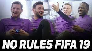 رقابت بازیکنان تاتنهام در بازی فیفا 19