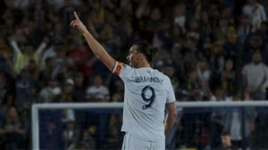 گل سه امتیازی زلاتان ابراهیموویچ برای لس آنجلس گلکسی
