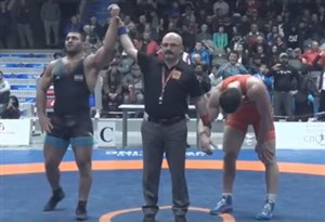 کسب مدال برنز رضایزدانی در وزن 97 کیلوگرم(دانکلوفبلغارستان)